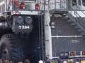 巨大的利勃海尔T264采矿卡车演示 (323播放)