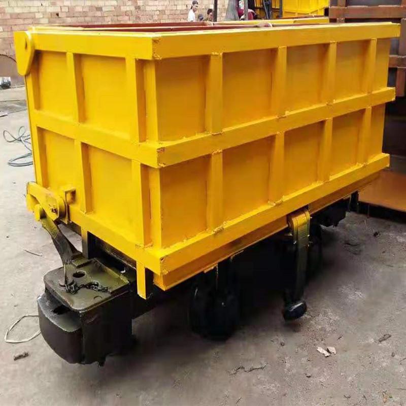 鲁鑫供应侧卸式矿车 侧卸式矿车规格齐全欢迎可选购 侧卸式矿车